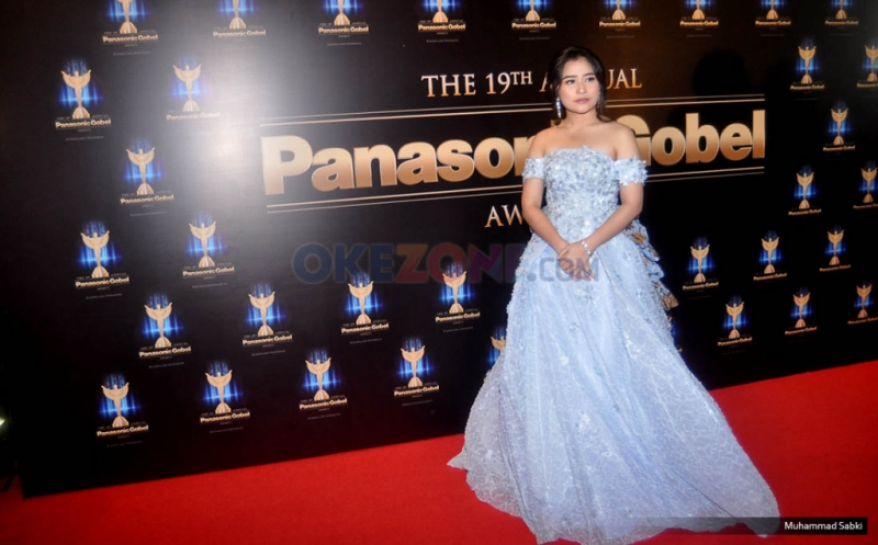 Kado Istimewa Prilly Raih Aktris Terfavorit Panasonic Gobel Awards 2016