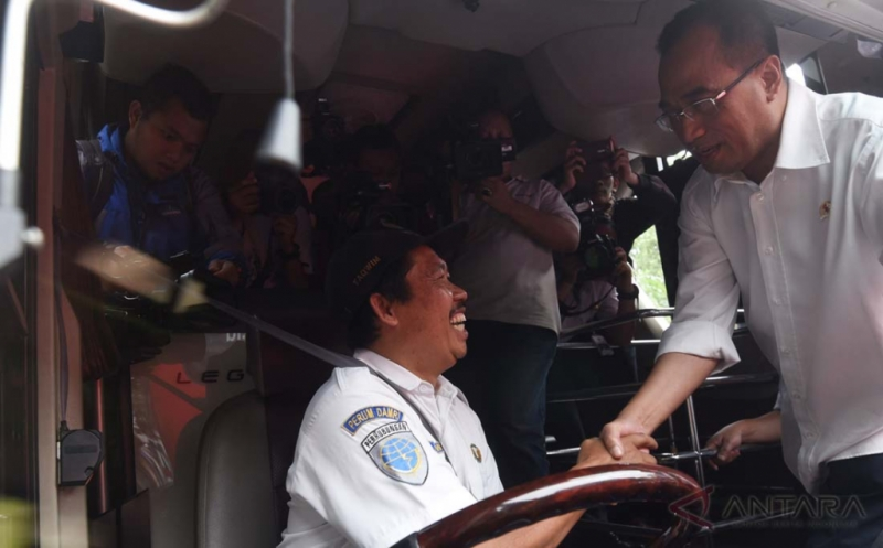 Menteri Perhubungan Budi Karya Sumadi Tinjau Transportasi Ramah Disabiitas