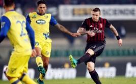 Juraj Kucka mencetak gol ke gawang Chievo Verona lewat tendangan spektakuler dari luar kotak penalti.
