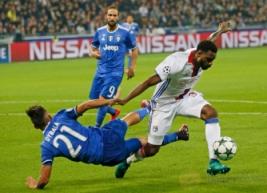 Kemenangan dramatis berhasil diraih Juventus setelah dini hari tadi sukses mempermalukan Olympique Lyon dengan skor tipis 0-1 dari gol Juan Cuadrado