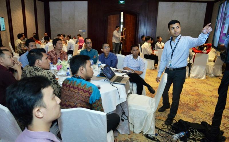 Seminar Teknologi Transformasi Digital