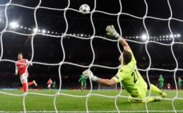 Mesut Ozil mencetak gol ke gawang klub asal Bulgaria Ludogorets Razgrad pada babak penyisihan Liga Champions di Stadion Emirates, London, Inggris, Kamis (20/10/2016) dini hari WIB.