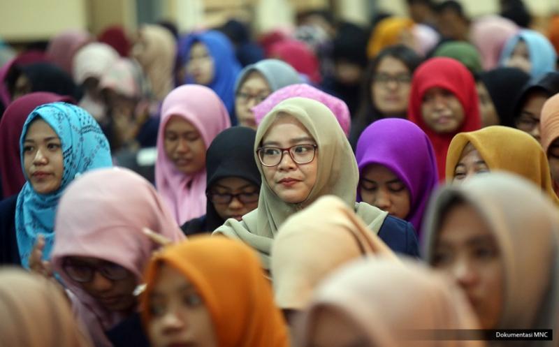 Mahasiswa Unesa Antusias Dengarkan Kuliah Umum dari Hary Tanoe
