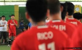 Pembukaan turnamen KPPM Futsal Challenge 2016 yang digelar di Grand Futsal Kuningan, Jakarta, Sabtu (22/10/2016). Turnamen ini diikuti oleh 26 tim yang memperebutkan total hadiah Rp100 juta.