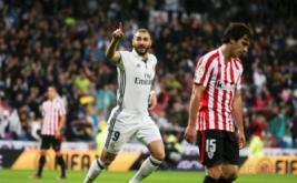 Karim Benzema selebrasi usai mencetak gol ke gawang Athletic Bilbao.