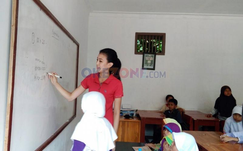 Natasha Mannuela Ikut Renovasi Sekolah Alam di Bantar Gebang Bekasi