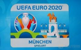 Logo Euro 2020 saat peluncuran di Olympia Park, Munich, Jerman, Kamis (27/10/2016).