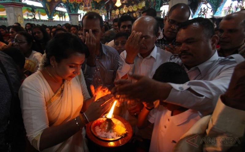 Umat Hindu Tamil di Medan Gelar Perayaan Hari Raya Deevapali