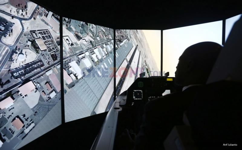 Simulator F-16 di Pameran Indo Defence 2016