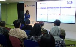 """<p>  Melalui program ini, XL menyiapkan layanan mobile broadband (MBB) dan program """"Melek Internet"""" kepada masyarakat, melalui sekolah-sekolah setingkat SLTA di berbagai daerah di Indonesia.</p>"""