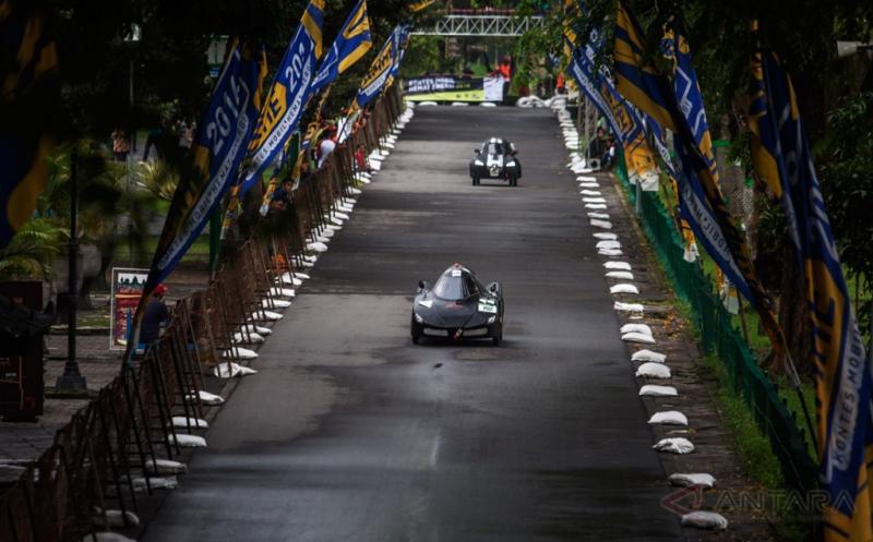 60 Tim dari Universitas se-Indonesia Ikuti Kontes Mobil Hemat Energi 2016