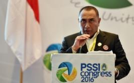 Ketua Umum PSSI Edy Rahmayadi memberikan kata sambutan pada Kongres PSSI di Jakarta, Kamis (10/11/2016). Edy Rahmayadi terpilih menjadi ketua umum PSSI setelah memperoleh 76 suara dari total 107 pemilik suara sah, sementara wakil ketua dijabat oleh Joko Driyono dan Iwan Budianto.