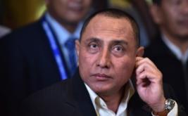 Ketua Umum PSSI terpilih Edy Rahmayadi di sela Kongres PSSI di Jakarta, Kamis (10/11/2016). Edy Rahmayadi terpilih menjadi ketua umum PSSI setelah memperoleh 76 suara dari total 107 pemilik suara sah, sementara wakil ketua dijabat oleh Joko Driyono dan Iwan Budianto.