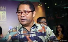 <p>  Menteri Komunikasi dan Informatika (Menkominfo) Rudiantara menghadiri acara Malam Anugerah Komisi Penyiaran Indonesia (KPI) 2016 di Jakarta, Kamis (10/11/2016).</p>