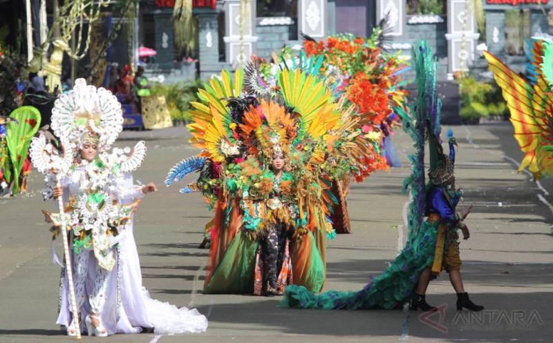 Karnaval Budaya Banyuwangi guna Menarik Wisatawan