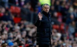 Pelatih Manchester United Jose Mourinho saat laga Manchester United kontra Arsenal di Stadion Old Trafford, Sabtu (19/11/2016). (Reuters/Jason Cairnduff Livepic)
