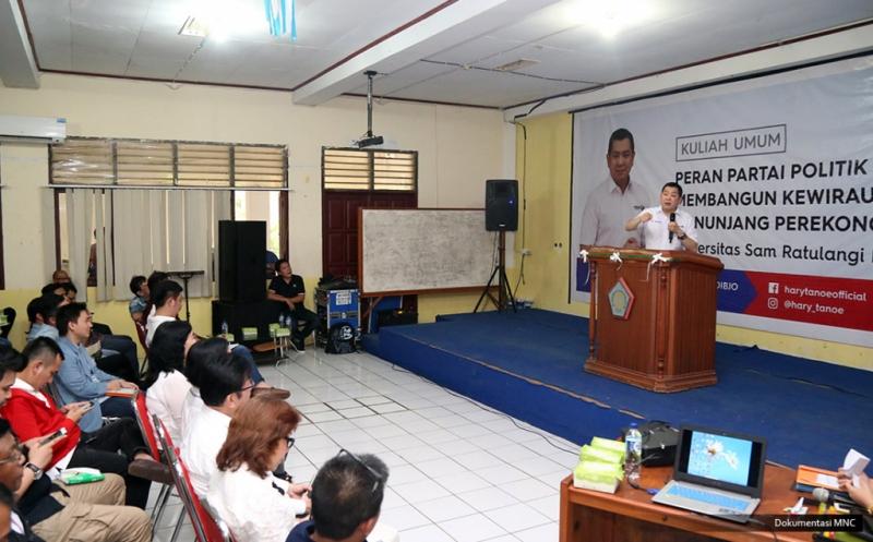Hary Tanoe Berikan Kuliah Umum kepada Ratusan Mahasiswa Universitas Sam Ratulangi Manado