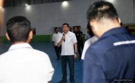 Ketua Umum Partai Perindo yang juga Ketua Umum FFI Hary Tanoesoedibjo memberikan pengarahan pada acara pengukuhan pengurus Asosiasi Futsal Provinsi Maluku, Sulbar, dan Gorontalo, Selasa (22/11/2016).
