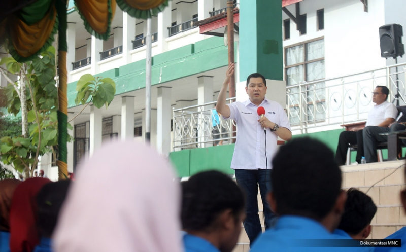 Hary Tanoe Dorong Mahasiswa Universitas Muhammadiyah Sorong Bangun Daerahnya