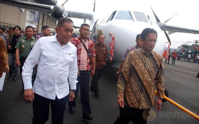 PT DI Serahkan Pesawat Multiguna untuk Thailand