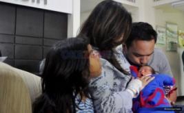 Bebi dan Meisya Kenalkan Bambang ke Awak Media