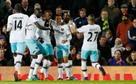 Para pemain West Ham United merayakan gol yang dicetak Diafra Sakho. (Reuters/Carl Recine Livepic)