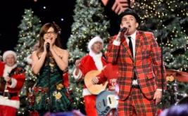 Selebriti Ramaikan Pawai Natal Hollywood 2016