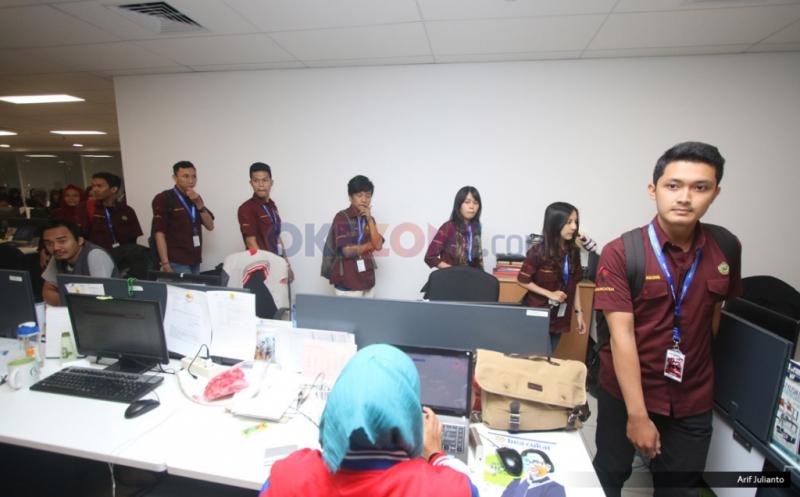 Puluhan Mahasiswa Universitas Pakuan Bogor Berkunjung ke Okezone