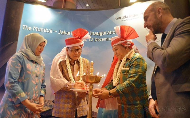 Penerbangan Perdana Garuda Indonesia ke Mumbai