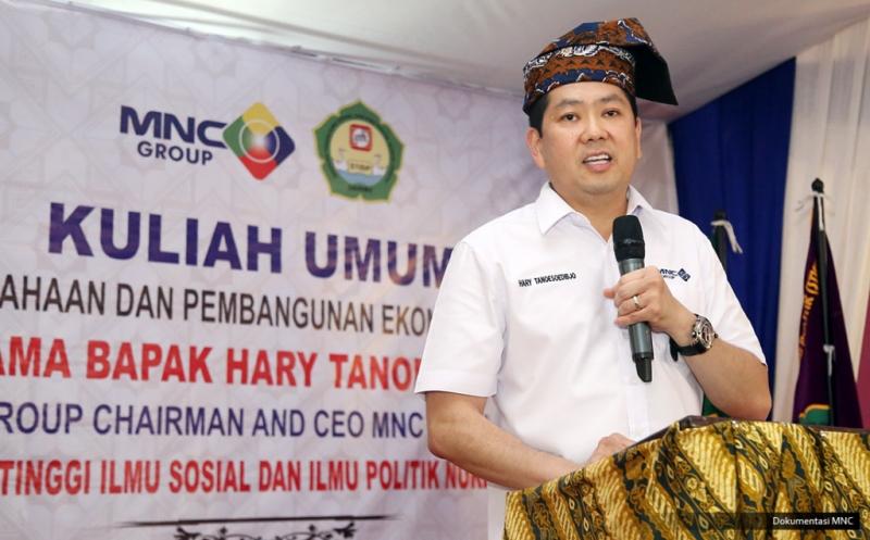 Hary Tanoe Ungkap Kunci Keberhasilan kepada Ratusan Mahasiswa STISIP Nurdin Hamzah Jambi