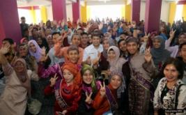 <p>  Group Chairman & CEO MNC Group Hary Tanoesoedibjo memberikan dana pendidikan kepada mahasiswa Sekolah Tinggi Ilmu Sosial dan Ilmu Politik (STISIP) Nurdin Hamzah, Kota Jambi.</p>