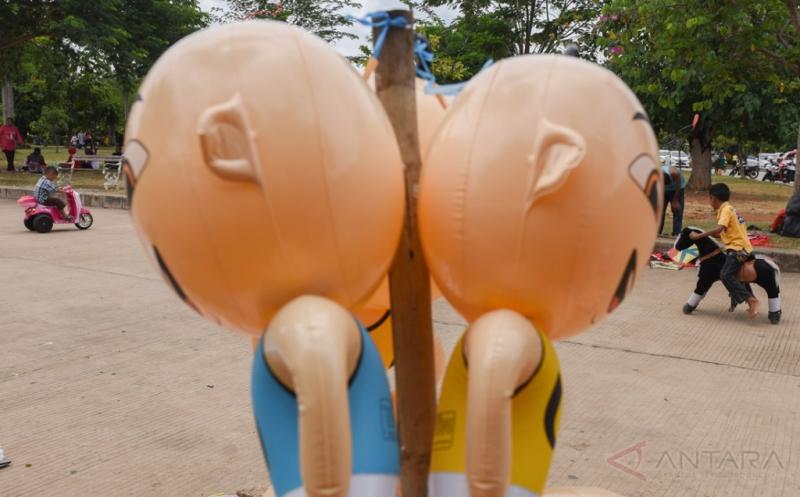 Taman Waduk Pluit Jadi Alternatif Tempat Liburan Warga Jakarta