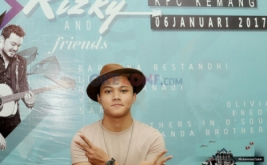 Putra Sulung Sule Luncurkan Album Rizky and Friends