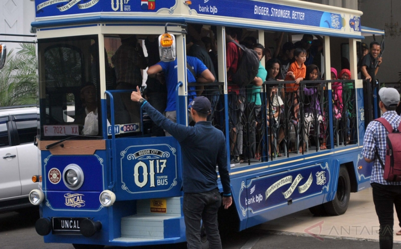 Uncal, Bus Wisata yang Jadi Primadona Baru Warga Kota Bogor