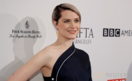Evan Rachel Wood Hadiri BAFTA Tea Party 2017