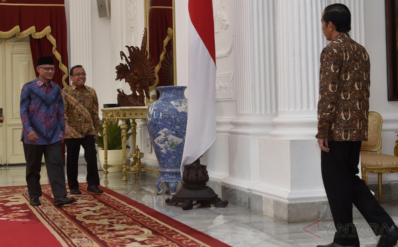 Jamu Makan Siang Haedar Nashir, Presiden Bahas Cara Membangun Indonesia