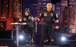 Pasangan Agus Harimurti Yudhoyono-Sylviana Murni saat mengikuti debat putaran pertama di Jakarta, Jumat (13/1/2017). Agus Harimurti Yudhoyono menyatakan dirinya berhasil melalui debat tahap pertama tadi. Bahkan, ia mengklaim tampil dengan kepercayaan diri dan menguasai semua pertanyaan yang diajukan.