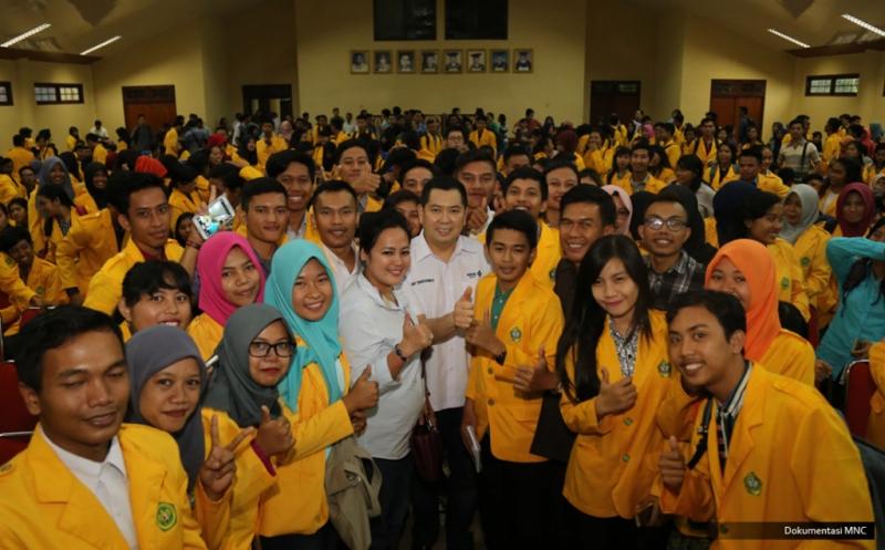 Hary Tanoe Ajak Mahasiswa Universitas Palangka Raya Jadi Entrepreneur