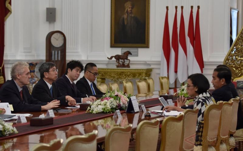 Presiden Jokowi Terima Kunjungan Kehormatan Presiden ADB