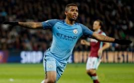 Gabriel Jesus selebrasi usai mencetak gol ke gawang West Ham. (Reuters/John Sibley)