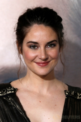 Senyum Manis si Cantik Shailene Woodley