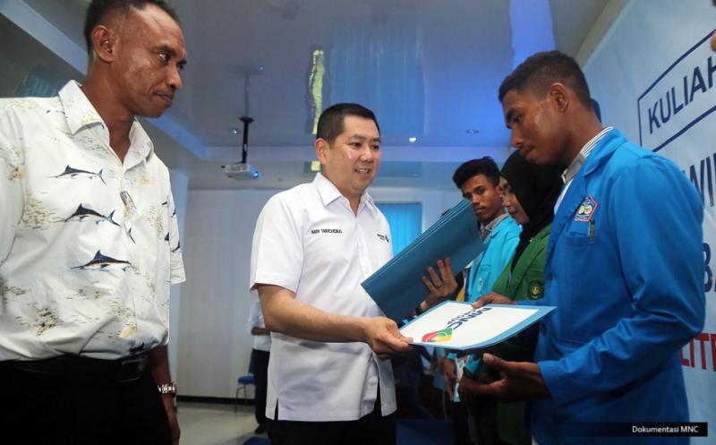 Hary Tanoe Berbagi Kiat Sukses Berwirausaha ke Mahasiswa Maluku Tenggara