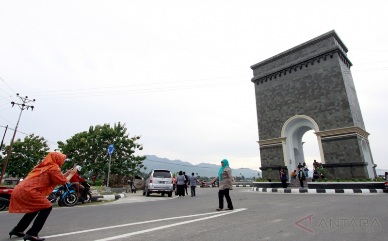 Ini Dia Ikon Wisata Baru Center Point Bone Bolango di Gorontalo