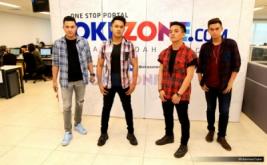 Berkunjung ke Okezone, The Waves Bawakan Cover Lagu Anji dan Rizky Febian