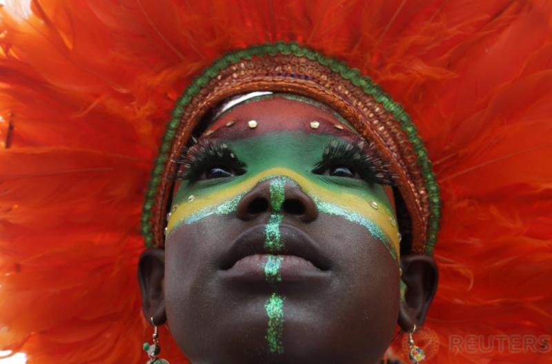 Kemeriahan Warna Warni Kostum Karnaval Anak di Queen Park Savannah