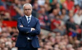 Pelatih Leicester City, Claudio Ranieri pada pertandingan Leicester City kontra Manchester United. Serangkaian hasil minor yang diderita juara bertahan Liga Inggris, Leicester City, berbuntut pada pemecatan Claudio Ranieri. (Reuters/Carl Recine)