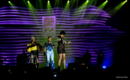 "Musisi Jazz Tanah Air Bawakan "" Tribute To Whitney Houston"""