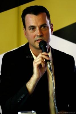 Penyanyi Tommy Page Tutup Usia