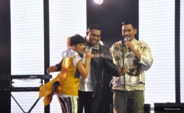 Dramatis, Anmesh Berhasil Angkat Layar Interaktif Raksasa di Akhir Lagu