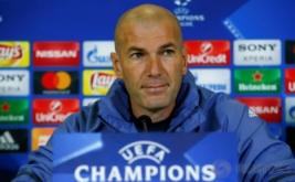 Pelatih Real Madrid hadiri konferensi pers di Napoli, Italia, selasa (7/3/2017) dini hari WIB. Zinedine Zidane Mengatakan kalau Napoli akan memberikan perlawanan sengit kepada timnya pada leg kedua babak 16 besar Liga Champions, Rabu 8 Maret 2017 dini hari WIB. (REUTERS/Tony Gentile)